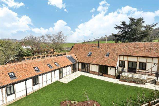 4 Bedrooms Detached House for sale in Great Tangley Manor Barns, Wonersh Common, Guildford