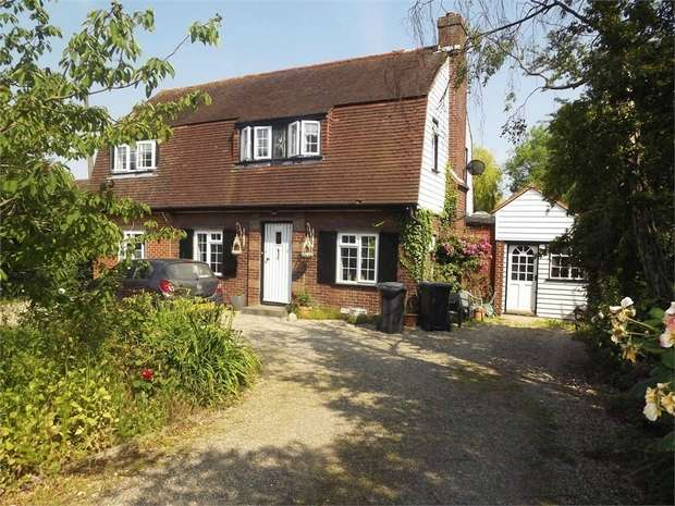 4 Bedrooms Detached House for sale in Clifford Road, Whitstable, Kent
