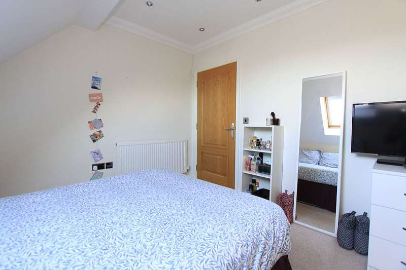 2 Bedrooms Apartment Flat for sale in Palmerstone Place, Palmerstone Road, Reading, Berkshire, RG6