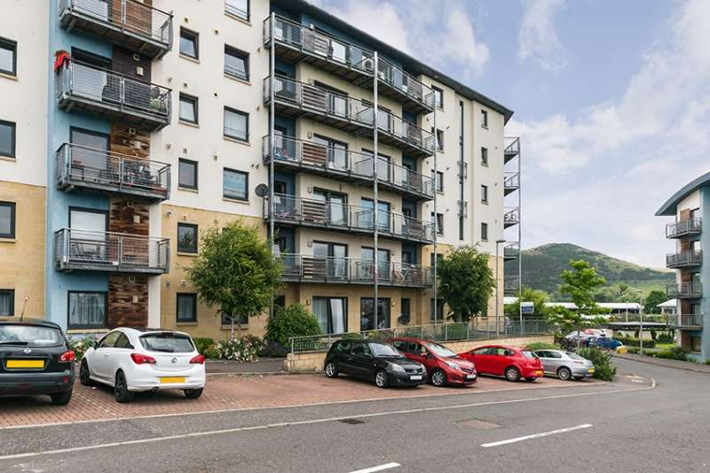1 Bedroom Ground Flat for sale in Drybrough Crescent, Peffermill, Edinburgh, EH16 4FB
