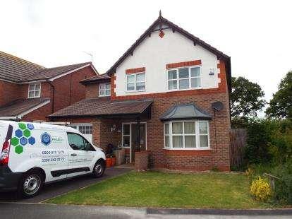 4 Bedrooms Detached House for sale in Ffordd Parc Castell, Bodelwyddan, Denbighshire, LL18
