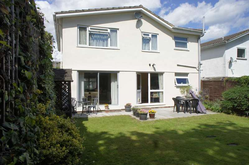 5 Bedrooms Detached House for sale in Silverthorne Drive, Caversham Heights