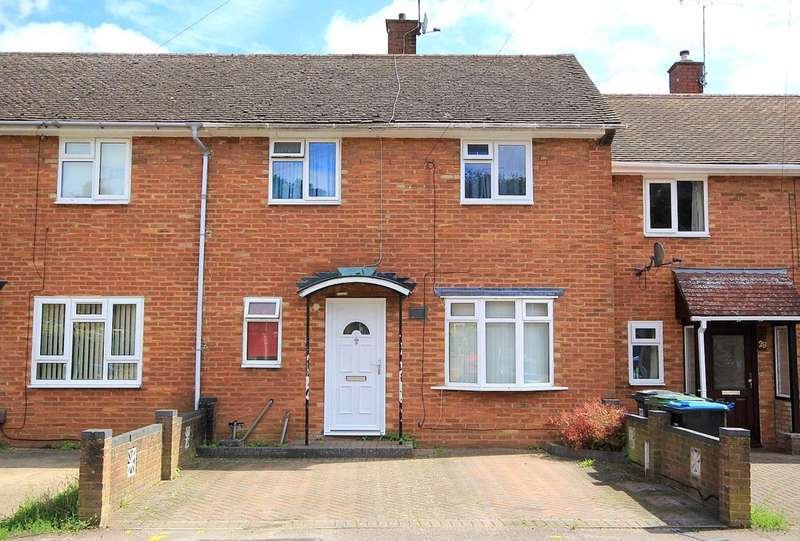 3 Bedrooms Terraced House for sale in EXTENDED 3 BED - OVER 17 Ft LOUNGE - PARKING - HP1