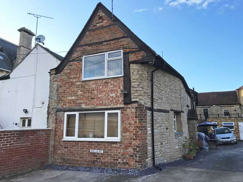 2 Bedrooms Semi Detached House for sale in Sheep Street, Bicester
