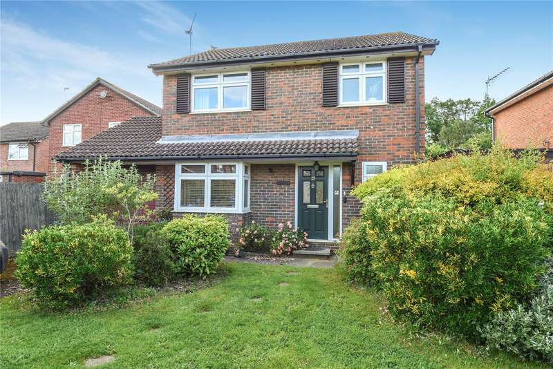 3 Bedrooms Detached House for sale in Thames Drive, Ruislip, Middlesex, HA4