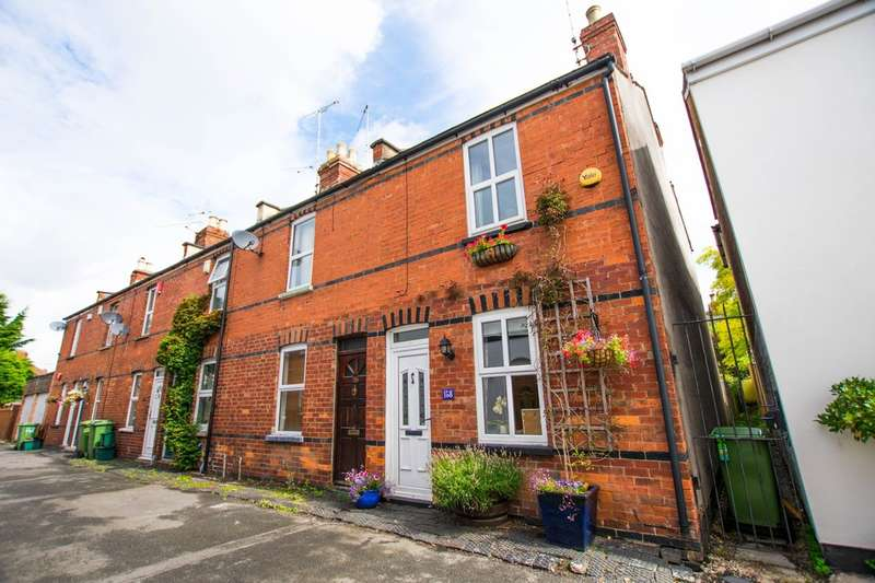 2 Bedrooms Cottage House for sale in Prestbury Road, Cheltenham, GL52 2DP