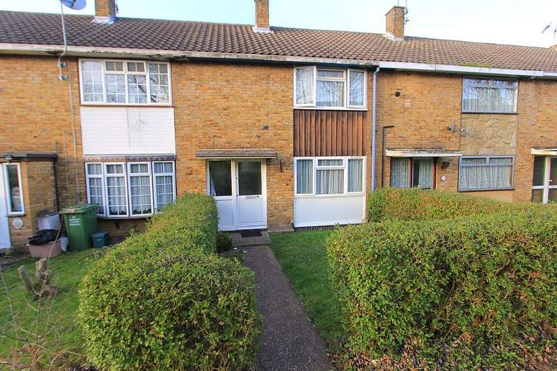 2 Bedrooms Terraced House for sale in Gernons, Basildon, Essex, SS16 5TL