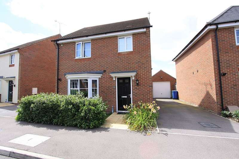 3 Bedrooms Detached House for sale in Jardine Place, Bracknell, Berkshire, RG12