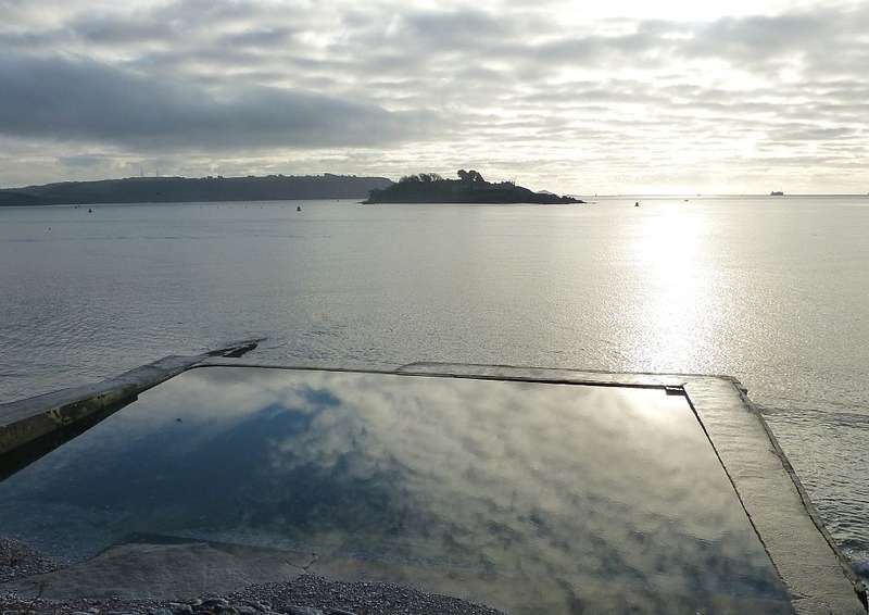 2 Bedrooms Ground Flat for sale in Mount Stone Road, Plymouth, Devon, PL1 3RW