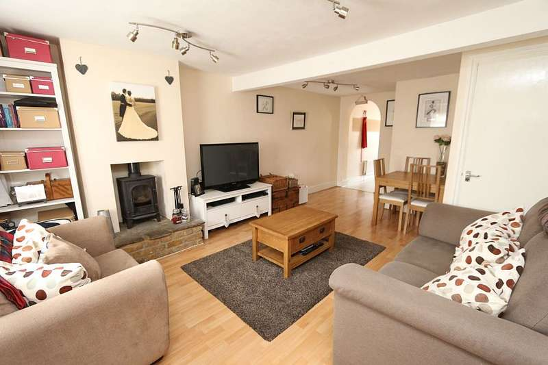 2 Bedrooms Cottage House for sale in West Barnes Lane, New Malden, Surrey, KT3 6HP