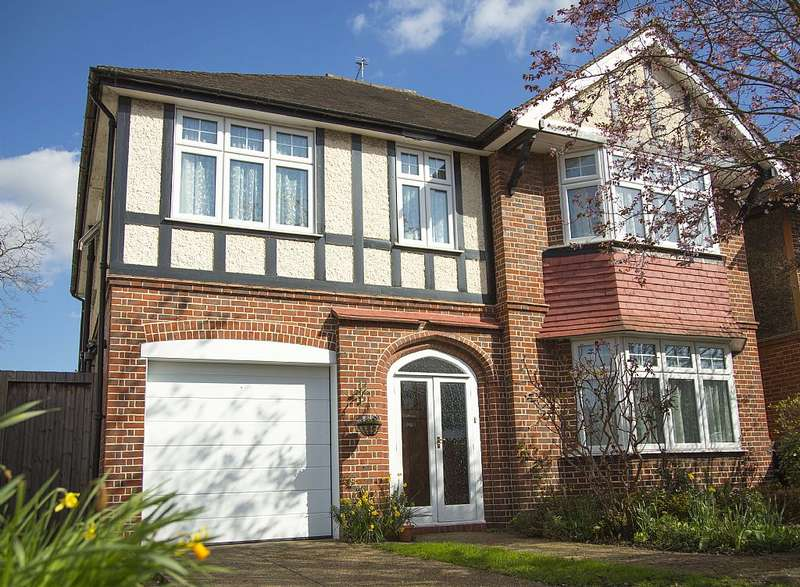 4 Bedrooms Detached House for sale in London Road, Twickenham, Middlesex, TW1 1EX