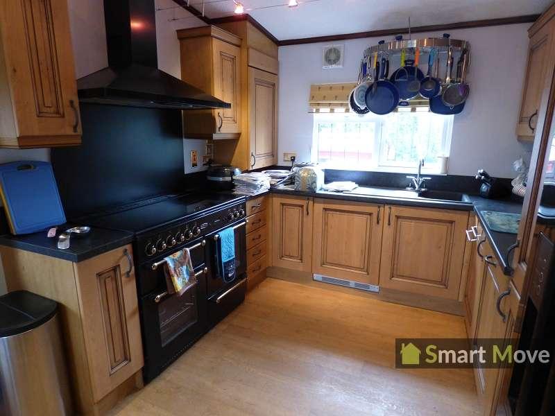 2 Bedrooms Property for sale in Bedford Bank West, Welney, Wisbech, Cambridgeshire. PE14 9RJ