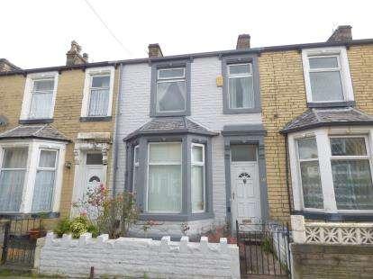 3 Bedrooms Terraced House for sale in St. Matthew Street, Burnley, Lancashire