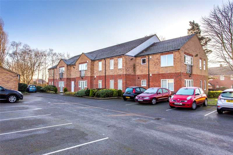 1 Bedroom Flat for sale in West Park Walk, 28 Old Oak Drive, Leeds, West Yorkshire, LS16