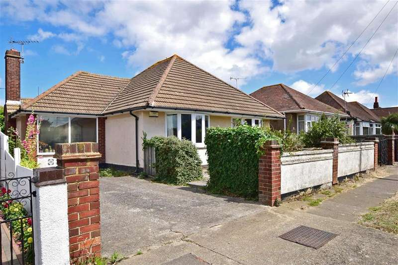 3 Bedrooms Detached Bungalow for sale in Sandown Drive, Herne Bay, Kent