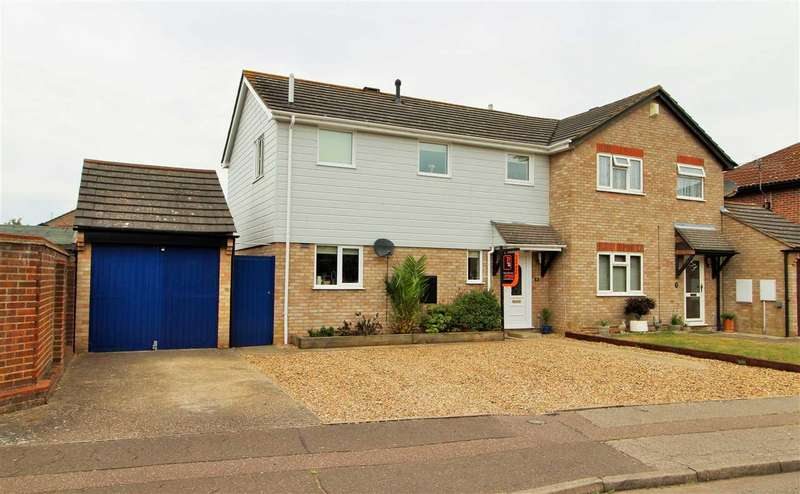3 Bedrooms Semi Detached House for sale in Copper Beeches, Stanway, Colchester