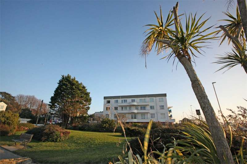 2 Bedrooms Flat for sale in Banks Road, Sandbanks, Poole, BH13