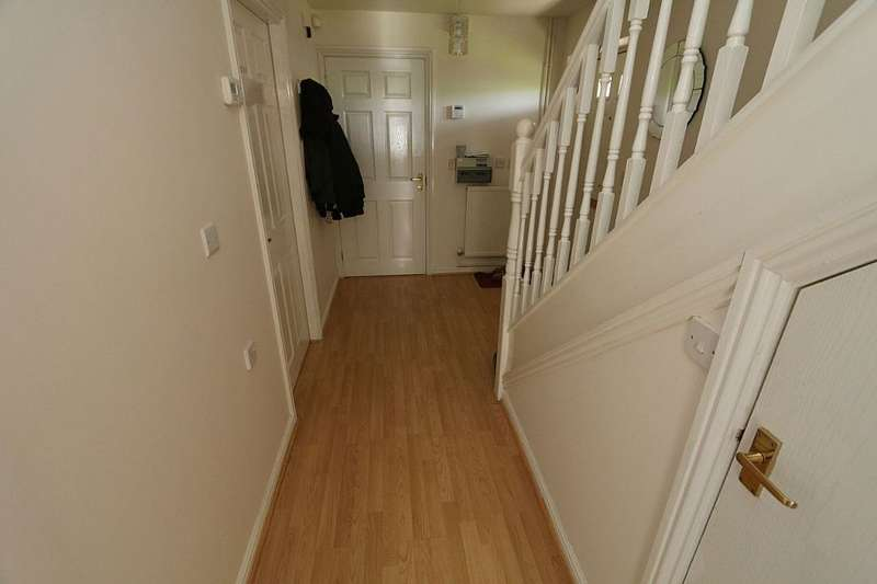 3 Bedrooms Detached House for sale in 49, Long Saw Drive, Birmingham, West Midlands, B31 5BN