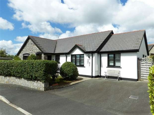 4 Bedrooms Detached Bungalow for sale in Parklands, St Florence, Tenby, Pembrokeshire