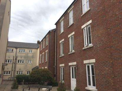 1 Bedroom Flat for sale in Oxford Terrace, Gloucester, Gloucestershire
