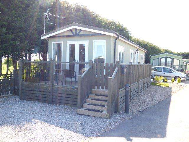 1 Bedroom Mobile Home for sale in Oxcliffe New Farm, Oxcliffe Road, Heysham, LA3 3EF