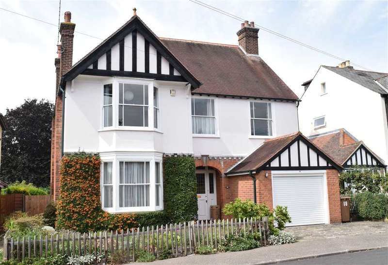 4 Bedrooms Detached House for sale in Rainsford Avenue, Chelmsford
