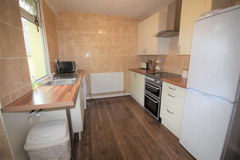 2 Bedrooms Terraced House for sale in Rhys Street, Trealaw, Tonypandy