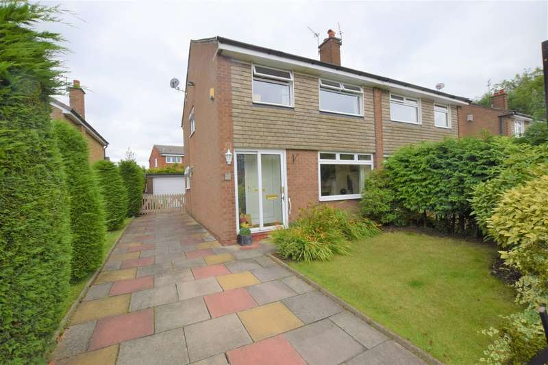 3 Bedrooms Semi Detached House for sale in Pingate Lane South, Cheadle Hulme