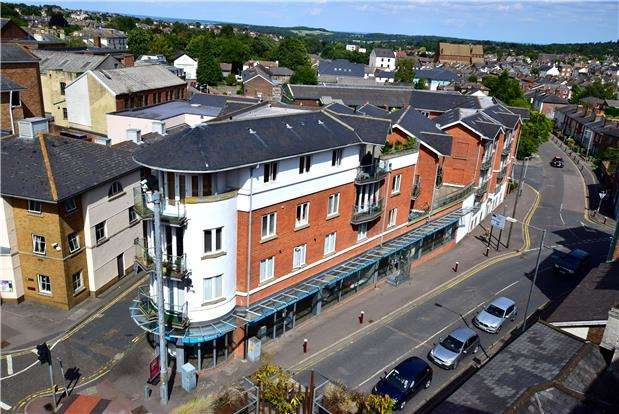 3 Bedrooms Flat for sale in The Chartwell, Belgrave Road, TN1 2BS