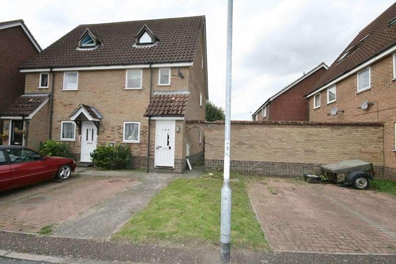 1 Bedroom Maisonette Flat for sale in Yew Tree Road, Attleborough