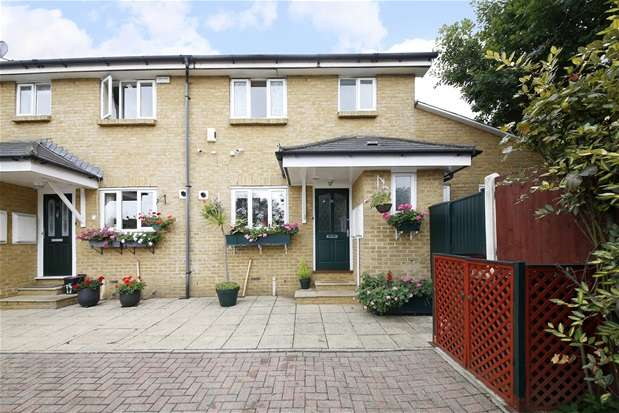 5 Bedrooms Semi Detached House for sale in Avenue Park Road, West Norwood