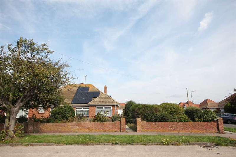 2 Bedrooms Bungalow for sale in Hereford Road, Holland-On-Sea