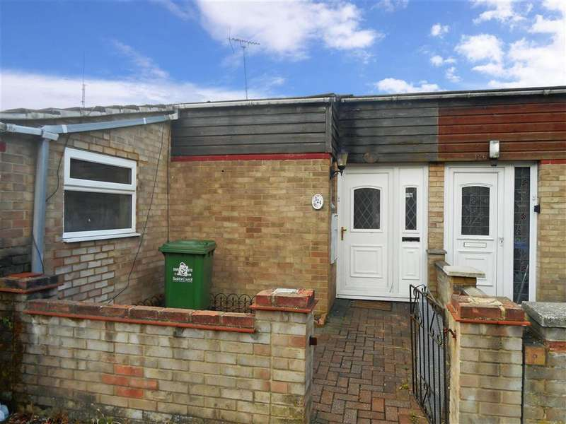 4 Bedrooms Terraced Bungalow for sale in Wimbish End, Basildon, Essex