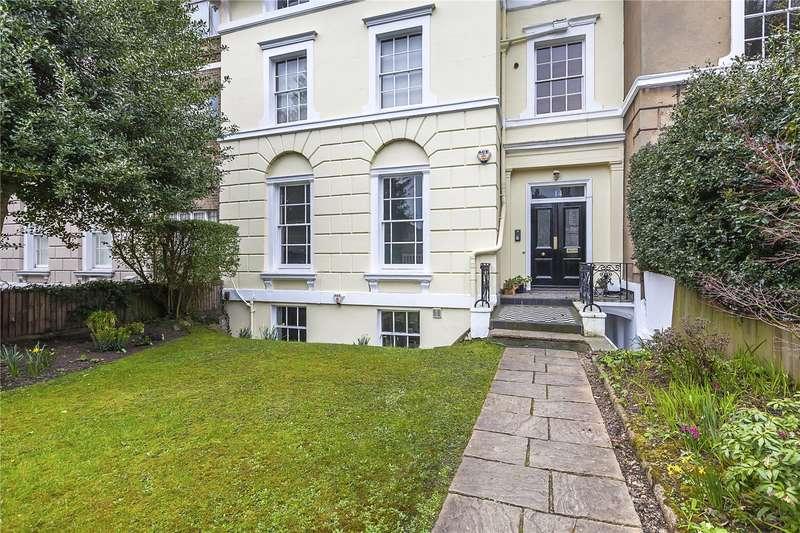 2 Bedrooms Flat for sale in Lee Terrace, London, SE3