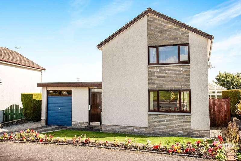 3 Bedrooms Detached House for sale in Makbrar Drive, Dumfries, DG1