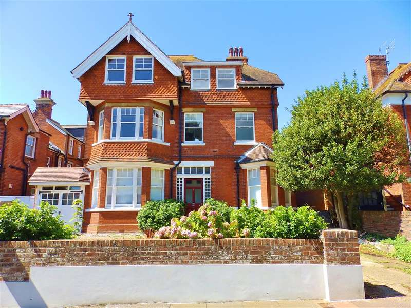 3 Bedrooms Apartment Flat for sale in Milnthorpe Road, Eastbourne
