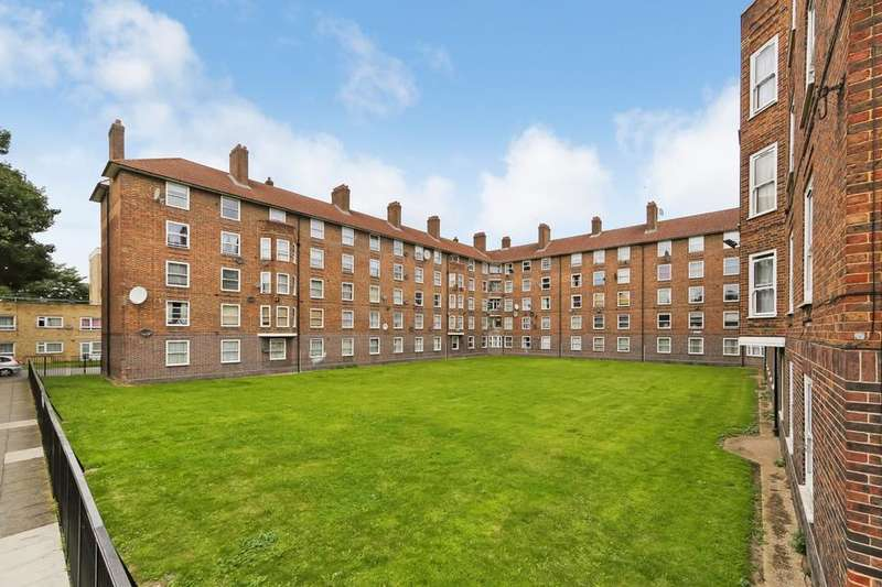 4 Bedrooms Flat for sale in Lilford Road, London SE5