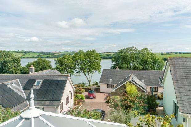 5 Bedrooms Detached House for sale in Hodders Way, Cargreen, Saltash, Cornwall