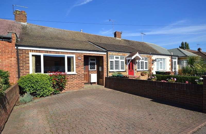 2 Bedrooms Terraced Bungalow for sale in Shepperton