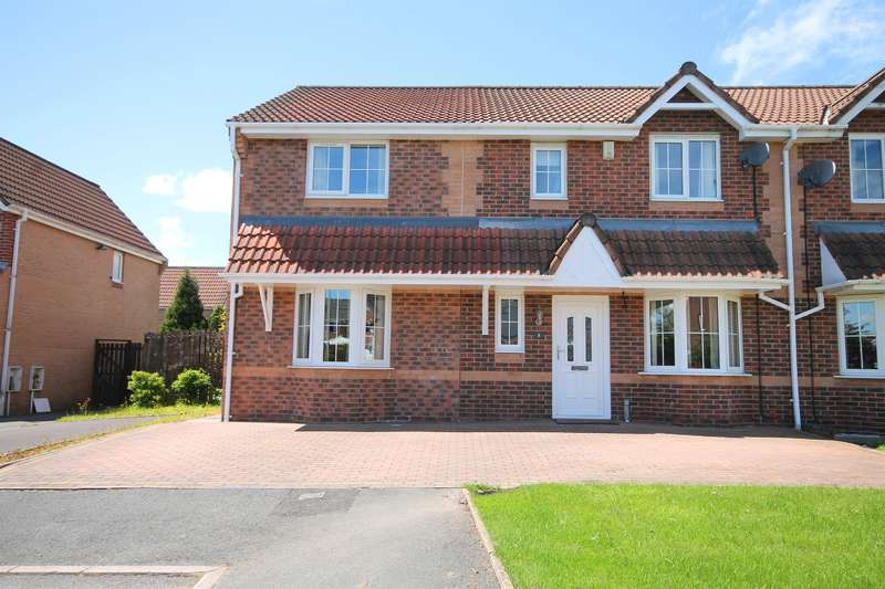 3 Bedrooms Semi Detached House for sale in Loweswater Road, Farnworth, Bolton, BL4 0PL