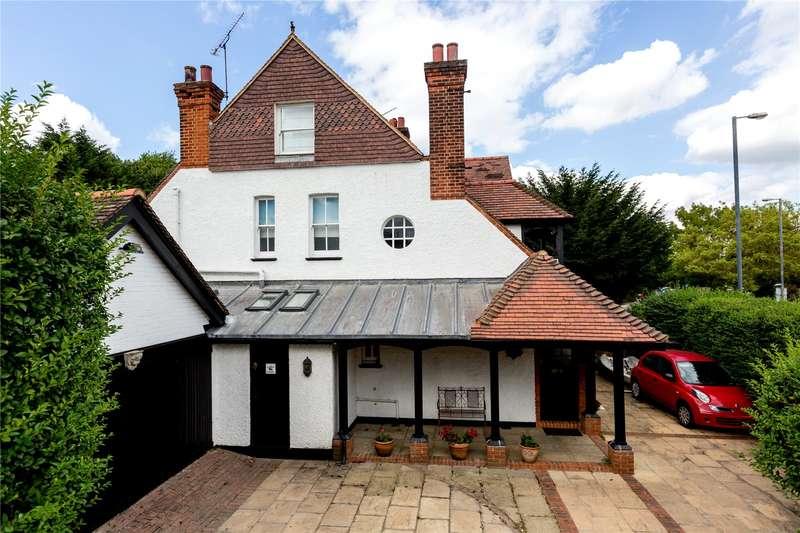 5 Bedrooms Semi Detached House for sale in Teddington Park Road, Teddington, TW11