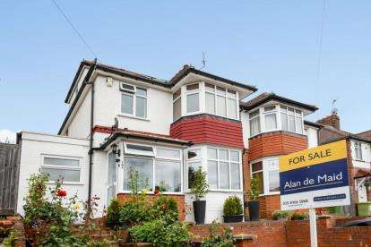 4 Bedrooms Semi Detached House for sale in Portland Road, Bromley