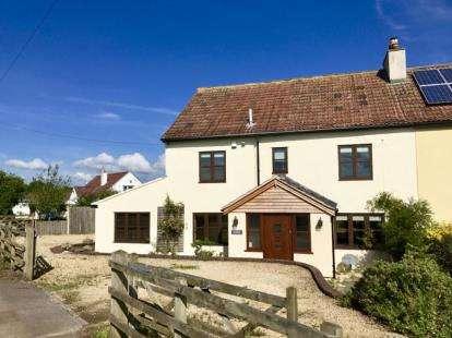 4 Bedrooms Semi Detached House for sale in Hodden Lane, Pucklechurch, Bristol, Gloucestershire