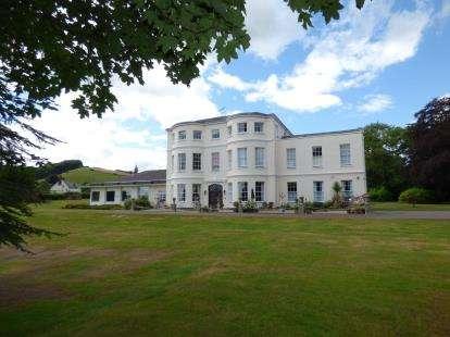 2 Bedrooms Flat for sale in Cowley, Exeter, Devon