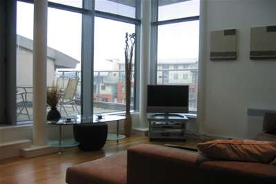 2 Bedrooms Flat for rent in Catalina, City Island