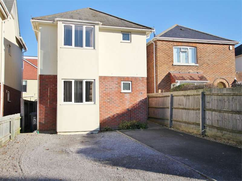 3 Bedrooms Detached House for sale in Garland Road, Poole, BH15