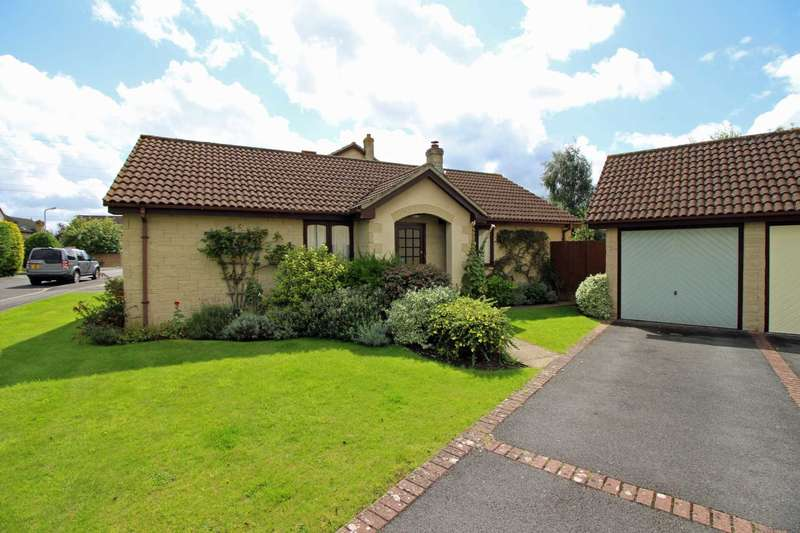 3 Bedrooms Detached Bungalow for sale in Blagdon Walk, Frome