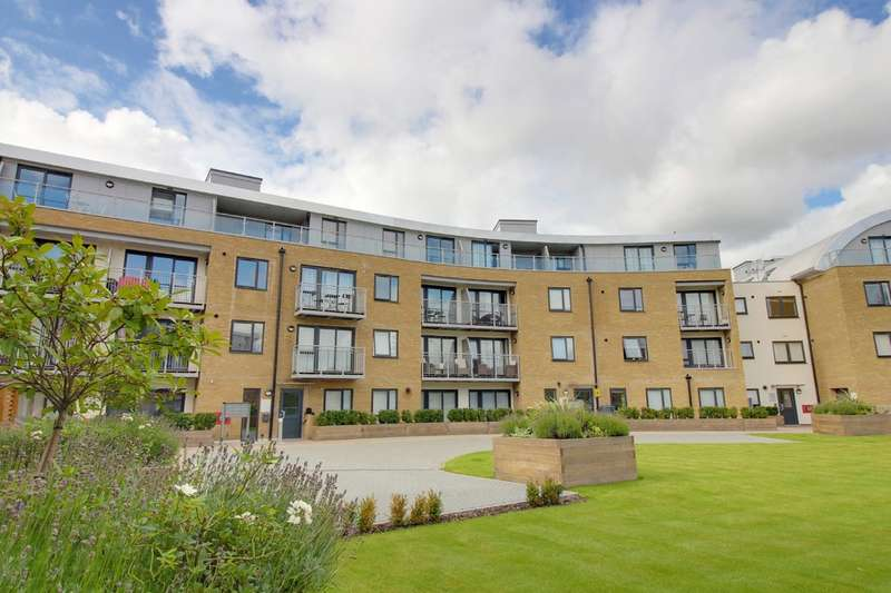 2 Bedrooms Flat for sale in Smeaton Court