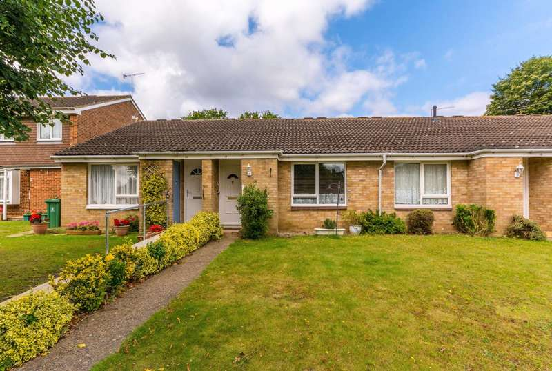 1 Bedroom Bungalow for sale in Heythorp Close, Goldsworth Park, GU21
