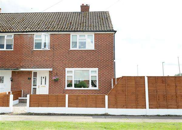 3 Bedrooms Town House for sale in 2 Bedford Grove, Cadishead M44 5YE